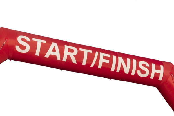 Top-Tips-For-Your-First-5K-Race-Start-Finish-Sign