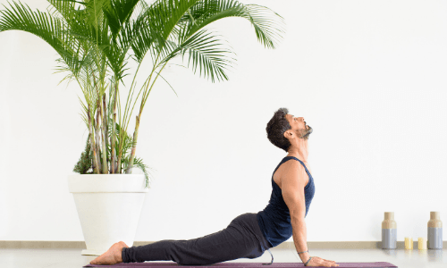 Best Yoga Poses For Runners -Upward Facing Dog