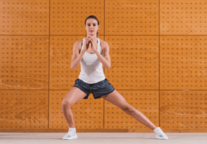 Quadricep-Exercise-For-Runners-Side-Lunge